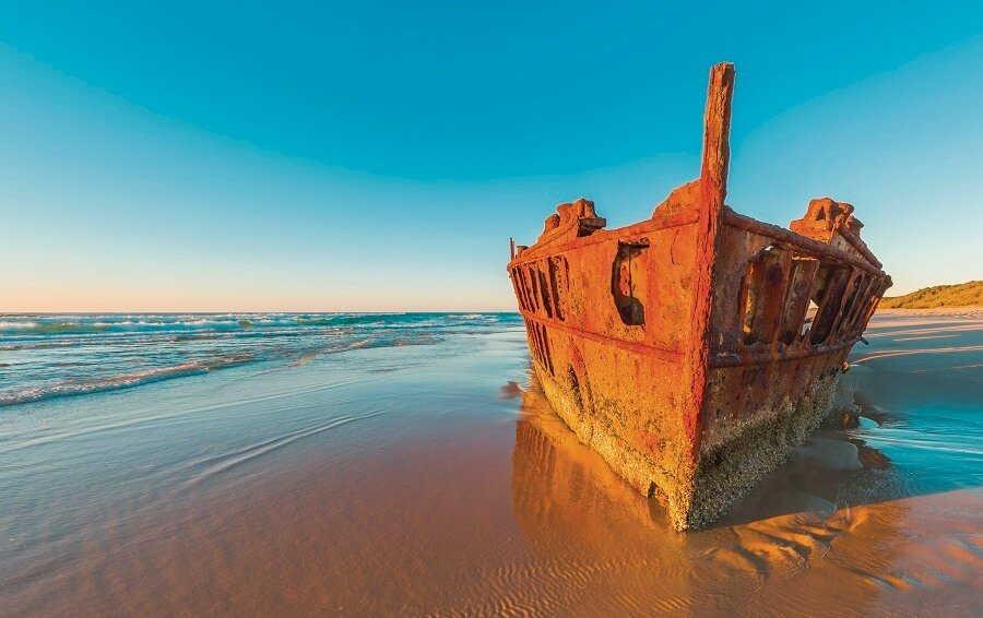 maheno shipwreck in fraser island